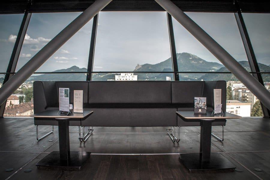 Panoramabar in der Stadtbibliothek Salzburg