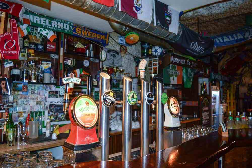 irish-pubs-murphys-law