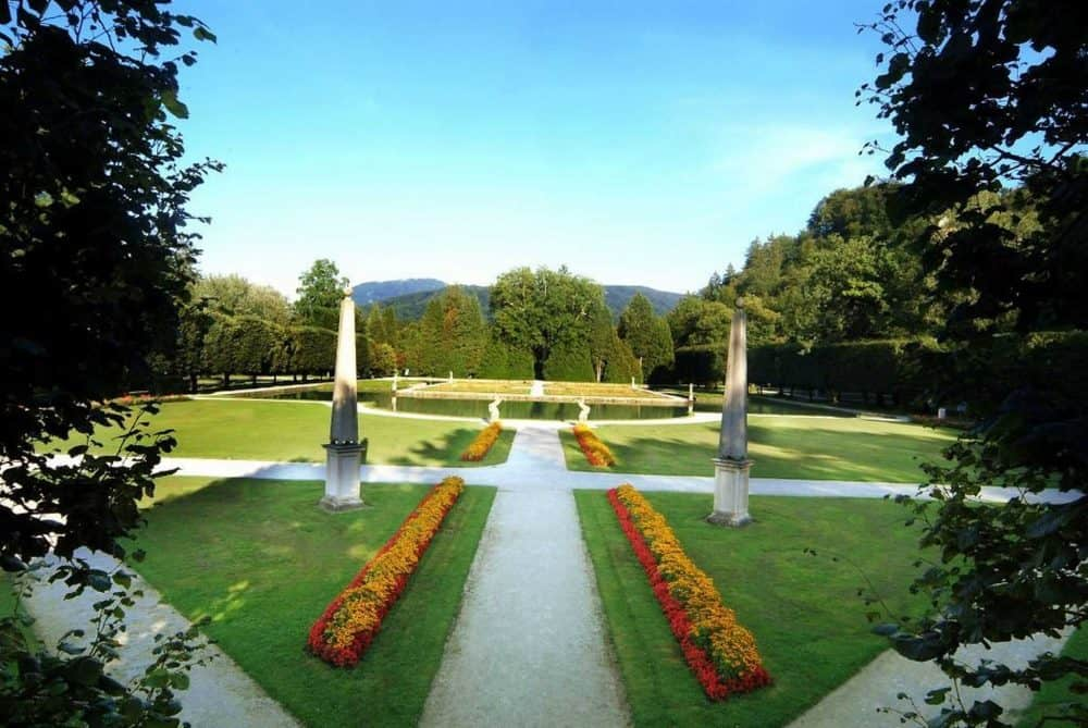 Hellbrunn_Zugang-Wasserparterre-Picknick