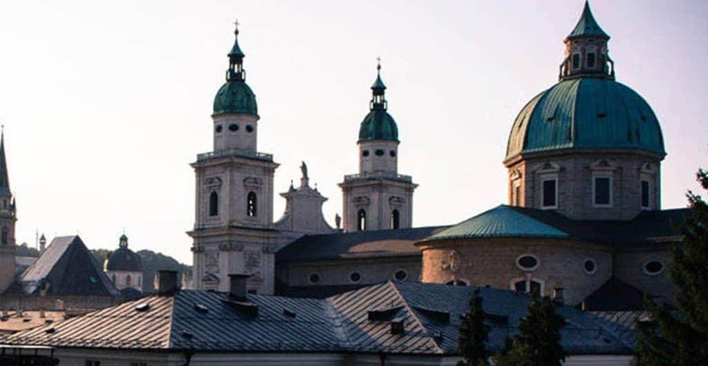 Stadt-der-Kirchen-und-Bordelle
