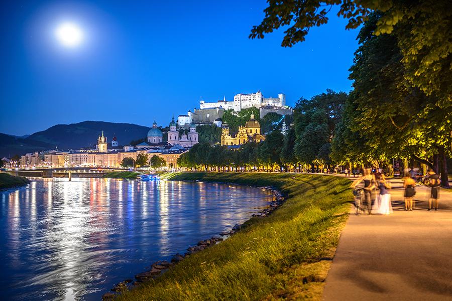 Salzburgs Uferprominade