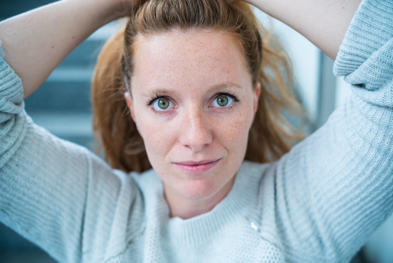 Fotoshooting mit Eva Krallinger am Bahnhof in Salzburg
