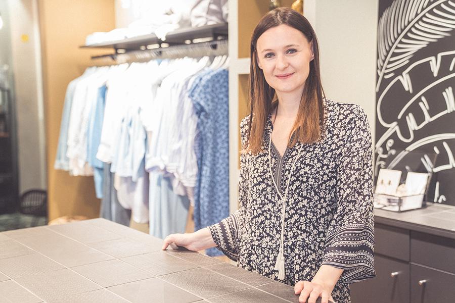 Marie von Concept Blue Shoppen in Hallein